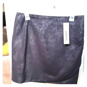 NWT Gorgeous Black Size Small DKNY mock wrap skirt